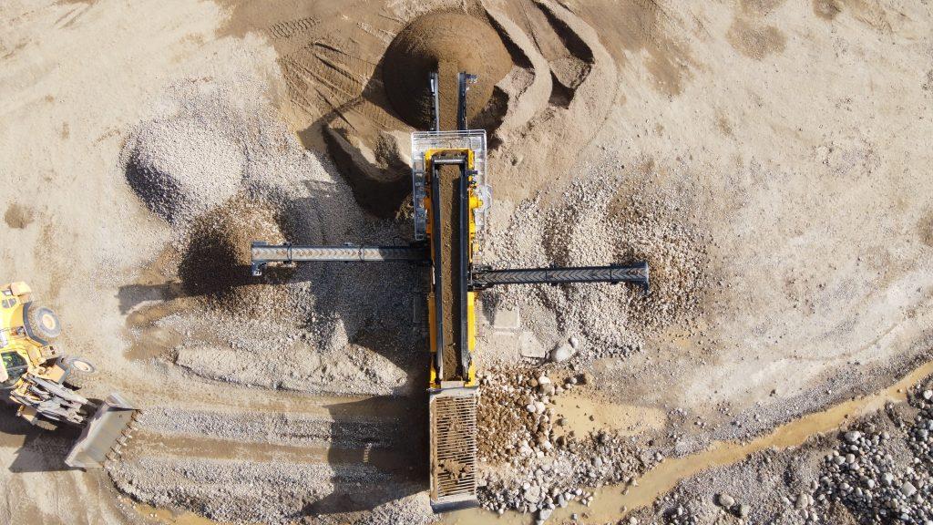 X5 Screener working in Irish Sand & Gravel Pit